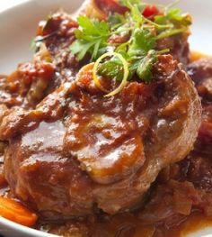 Osso Bucco is an Italian comfort food that is traditionally prepared with veal shanks, but also works well with beef shanks. Check out this delicious recipe! Italian Dinner Recipes, Italian Dishes, Italian Cooking, Italian Foods, Veal Recipes, Cooking Recipes, Slow Cooking, Budget Cooking, Vegetarian Cooking