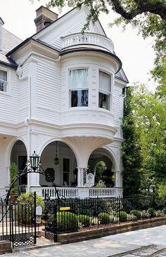 victorian homes facebook | victorian #house | Exterior. | Pinterest | Vittoriano, Case ...