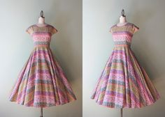 Hey, I found this really awesome Etsy listing at https://www.etsy.com/listing/206128753/vintage-50s-dress-1950s-exotic-cotton