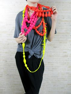 fluo necklaces - Silicone double strand necklace with hanging baubles at the… Textile Jewelry, Jewelry Art, Jewelry Design, Contemporary Jewellery, Modern Jewelry, Steam Punk, Textiles, Festivals, Go For It