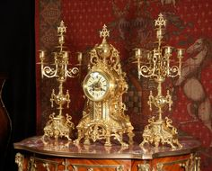 Antique French clock styles and designs Antique Pendulum Wall Clock, Antique Wall Clocks, Vintage Clocks, French Clock, Classic Clocks, Unusual Clocks, Wall Clock Online, Mantel Clocks, Modern Clock