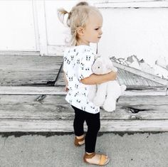 Oh my sweet Kemper! How darling does she look in our unisex panda tees! And she just has to up the cuteness factor with cuddling her lamby. Toddler Fashion, Toddler Outfits, Kids Outfits, Kids Fashion, Baby Clothes Canada, Monochrome Fashion, Monochrome Print, Bebe Shirts, Panda Shirt