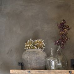 Fresco lime paint from Pure & Original in the color Deep Earth. Cred. Woon(T)huis