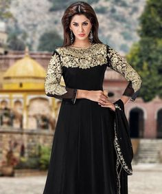 Shine and glow with a fashion quotient that is more beautiful and elegant! Flaunt an all new ethnic avatar with fashionandyou.com as it brings to you a lavish collection of suits. Exhibiting exquisite craftsmanship and amazing colours, each piece from this line is pure joy for all aspiring and reigning Divas. So flaunt it with style.BRAND: MayahCATEGORY: Unstitched Suit with DupattaARTICLECOLOURMATERIALLENGTHTopBlackFaux Georgette2.50 metersBottomBlackPoly Shantoon2.25 ...