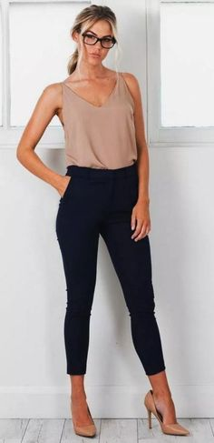 50 stylish summer work outfits for women 2019 page 33 - Work Outfits Women Summer Work Outfits, Casual Work Outfits, Work Attire, Work Casual, Outfit Work, Classy Outfits, Office Attire, Casual Clothes, Casual Summer