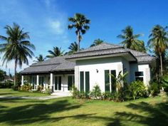 http://www.thailand-property.com/real-estate-for-sale/4-bed-villa-chonburi-pattaya-huay-yai_86849