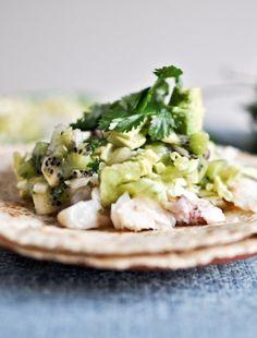 Grilled Coconut Lime Tilapia Tacos with Kiwi Salsa. | howsweeteats.com