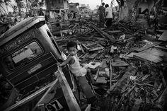 ebsite of award-winning photojournalist Kevin Frayer. Philippines, Photographers, Around The Worlds, Image