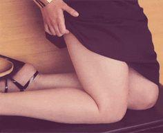 The 15 Sexiest GIFS Of Emilia Clarke | Maxim