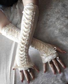 fancihome:  Gorgeous Fingerless White Gloves   via Tumblr on @We Heart It.com - http://whrt.it/182692F