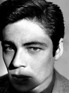 A very young Benicio del toro... before the full moon had an effect on him #gorgeouseyes