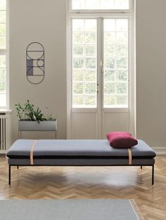 Turn Daybed - Wool - Grey 2
