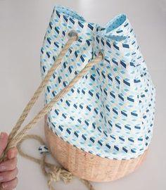 Gratis Schnittmuster: Seesack aus Korkstoff