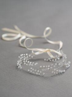 Crystal Bridal Headband Bridal Crown Wedding by DavieandChiyo - Haarschmuck Hair Jewelry, Wedding Jewelry, Hair Wreaths, Hair Decorations, Hair Beads, Bridal Crown, Wedding Hair Accessories, Jewelery, Creations