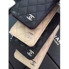 マトラッセがシャネルのブランド感を飾りなくストレートにビックアップさせたアイフォン7s/7splus/iphone8ケース
