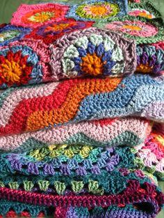 Crochet crochet crochet!! I'm gonna make all of theseeee!! :)