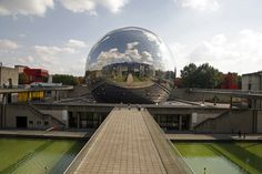 The IMAX cinema at the CitÈ des Sciences occupies a shiny geodesic sphere. The vast hemispheric screen lets you experience plunges through natural scenery, a Monuments, Architecture Parisienne, Geodesic Sphere, Bernard Tschumi, Jardin Des Tuileries, Grand Parc, Best Family Vacations, Paris Love, Natural Scenery