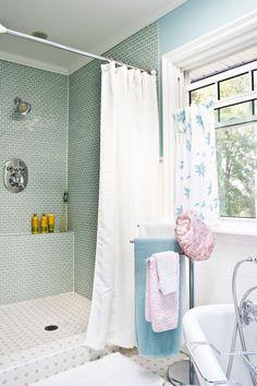 Poppytalk: bathroom inside shower