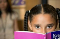 10 Signs of a Reading Disorder - North Shore Pediatric Therapy Teaching Vocabulary, Vocabulary Games, Vocabulary Strategies, Childrens Bookstore, Before Kindergarten, Spelling Activities, Listening Activities, Early Readers, Inference
