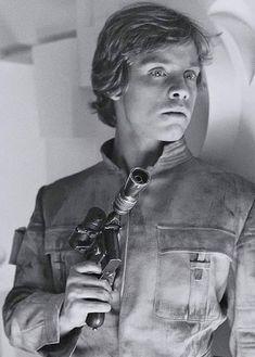 Son of Skywalker — Behind the Scenes - Mark Hamill, Empire Strikes. Star Wars Luke Skywalker, Mark Hamill Luke Skywalker, Star Wars Film, Star Wars Cast, Images Star Wars, Star Wars Pictures, Star Wars Characters, Star Wars Episodes, Amour Star Wars