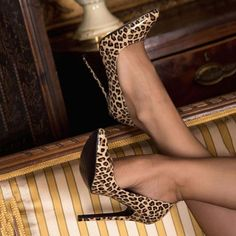 Shoespie Stiletto Heel Leopard Pointed Toe Pumps Women Clothes For Cheap, Collections, Styles Perfectly Fit You, Never Miss It! Black Stiletto Heels, Hot Heels, Pumps Heels, Sexy Heels, Talons Sexy, Stockings Heels, Fashion Heels, Fashion Dresses, Models