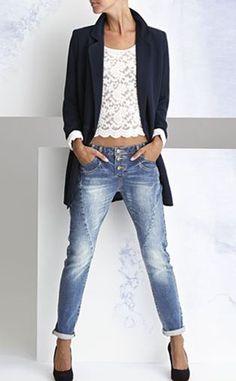 Hazte con los mejores outfits en www.simmis.com al mejor precio de Internet.