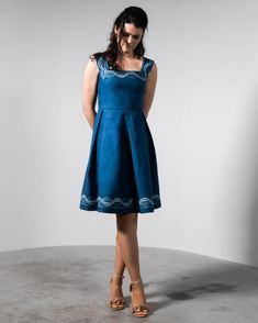 Traditioneller Blaudruck neu interpretiert Indigo, Summer Dresses, Shopping, Fashion, Traditional, Gowns, Moda, Indigo Dye, Summer Sundresses