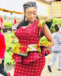 Classical Ankara Skirt and Blouse Styles 2019 for African Queen .Classical Ankara Skirt and Blouse Styles 2019 for African Queen African Fashion Ankara, Latest African Fashion Dresses, African Dresses For Women, African Print Dresses, African Print Fashion, African Attire, African Women, African Outfits, African Prints