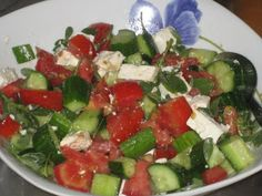 Last summer, when we were traveling, we encountered a plant growing here and there in cracks of sidewalks and in dry, rocky soil. Caprese Salad, Fruit Salad, Salads, Sidewalks, Healthy, Party Time, Friday, Natural, Food