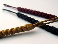 kumihimo, silk Japanese Rope, Japanese Crochet, Japanese Things, Jewelry Knots, Thread Jewellery, Japanese Wagashi, Japanese Tea Ceremony, Homemade Jewelry, Pattern Ideas