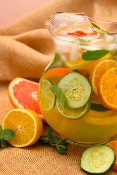 Citrus DeTox Spa Water #SundaySupper | La Bella Vita Cucina #healthy #spa #detox #light #citrus #lemon