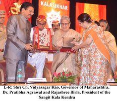 #AdityaVikramBirlaKalashikharPuraskar Conferred to Dr. Pratibha Agrawal, Actor and Director #SangitKalaKendra