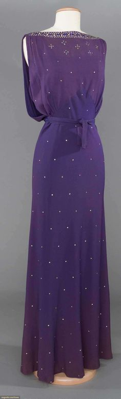 BEADED PURPLE SILK EVENING GOWN, 1930-1940 | May 9, 2017 - CATALOG SALE Sturbridge, Massachusetts |