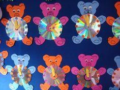 bear clock craft idea (8) Duck Crafts, Bear Crafts, Animal Crafts, Kindergarten Crafts, Preschool Activities, Preschool Teachers, Crafts To Make, Crafts For Kids, Arts And Crafts
