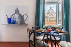Specchi – Scertified. The apartment is located in the center of Rome, steps away from the Piazza Navona and the Campo de' Fiori Fruit Market. This is a quite typical Roman area with narrow cobblestone streets and a quiet ambiance but with a lot of activity nearby.