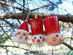 I absolutely am in love with these gorgeous Scandanavian ornaments by Crafts by Amanda!