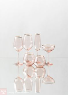 ✩ Check out this list of creative present ideas for people who are into cycling Kitchen Items, Kitchen Decor, Rose Gold Kitchen, Copper Rose, Wine Goblets, Decoration Table, Decorations, Kitchen Accessories, Or Rose