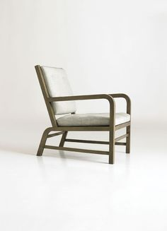 723 / Lounge & Occasional Chairs / A. Rudin Width 26'' Depth 32'' Arm Height 24'' Seat Height 16'' Overall Height 35'