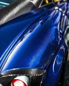 """4,070 Me gusta, 23 comentarios - Zach Brehl (@zachbrehl) en Instagram: """"An up close look at the Huayra Cento's carbon. The final Huayra coupe to be built and the only one…"""""""