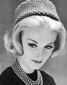Ladies Vintage Pillbox Hat