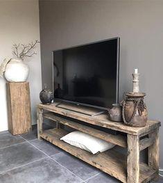 Farmhouse Interior, Interior And Exterior, Farmhouse Decor, Interior Design, Living Tv, Victorian Living Room, Beautiful Home Designs, Furniture Projects, Cheap Home Decor
