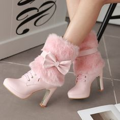 Womens boots in Eridress attract ladies trying to get cheap boots for women. We invite you to purchase winter fashion boots on sale especially leather boots from such a site. Pretty Shoes, Beautiful Shoes, Cute Shoes, Me Too Shoes, Lace Up Ankle Boots, High Heel Boots, Heeled Boots, High Heels, Winter Fashion Boots