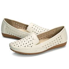 Star Hollow Out Pure Color Soft Sole Flat Casual Loafers is cheap and comfortable. There are other cheap women flats and loafers online. Casual Loafers, Casual Shoes, Stars Hollow, Types Of Shoes, Comfortable Shoes, Womens Flats, Loafer Flats, White Beige, Fashion Shoes