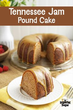 Tennessee Jam Cake with Brown Sugar Whiskey Glaze Just Desserts, Delicious Desserts, Dessert Recipes, Cupcake Recipes, Strawberry Layer Cakes, Whiskey Cake, Whisky, Pound Cake Recipes, Pound Cakes