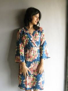 Knee length Robe Style Made From C12 Fabric Pattern