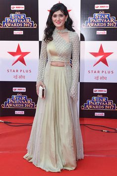 Star Parivaar Awards 2017 Photos: Check out for Star Parivaar Awards 2017 latest pictures, Star Parivaar Awards 2017 celebrity photos, Star Parivaar Awards 2017 event gallery and more on Times of India Photogallery Party Wear Indian Dresses, Indian Wedding Gowns, Designer Party Wear Dresses, Indian Fashion Dresses, Indian Gowns Dresses, Dress Indian Style, Indian Designer Outfits, Indian Outfits, Indian Dresses Traditional