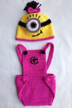 Crochet Girlie Minion Hat & Overalls - Stylish Eve
