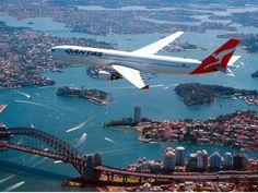 Sydney, Australia - Travel Guide and Travel Info ~ Tourist Destinations Sky Planner, Qantas Airlines, Melbourne, Airline Booking, Australia Travel Guide, Civil Aviation, Power Boats, Travel Info, Sydney Australia