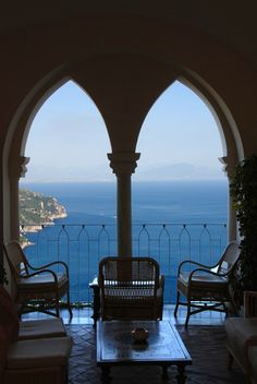just beautiful ~ something about archways just makes me smile!  : Hotel Caruso balcony  Scopri le Offerte!  Italy someday!!!