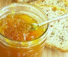 Cook down canned crushed pineapple, sugar and fruit pectin for scrumptious SURE JELL Pineapple Jam. This pineapple jam goes great with, well, everything! Pineapple Jam, Crushed Pineapple, Vegan Gluten Free, Vegan Vegetarian, Vegan Sauces, Roasted Meat, Jam Recipes, In The Flesh, Food Videos